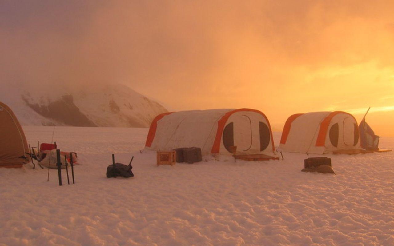 camper en antarctique - voyage insolite antarctique