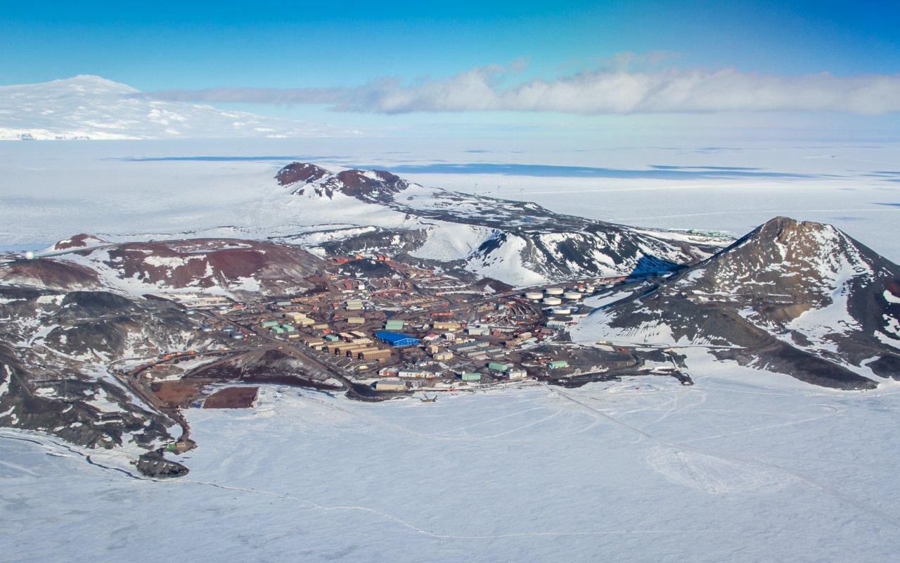 station mc murdo - mer de ross - antarctique