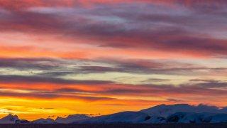 passage de drake - coucher de soleil - voyage antarctique